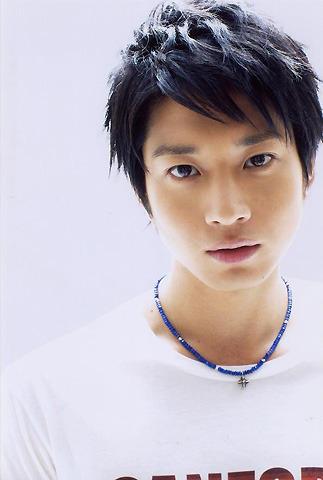 向井理、映画初主演作はカンボジアで学校設立目指す医大生役