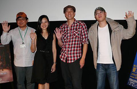 同郷・中国遼寧省の観客に、「鋼のピアノ」主演俳優&監督も感激