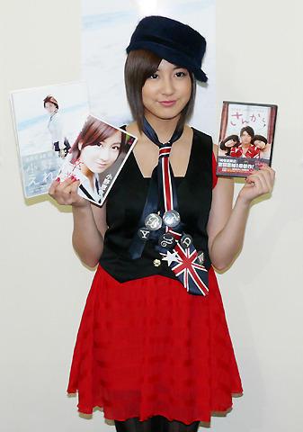 元AKB48小野恵令奈「目標はジョニー・デップ」女優目指し海外留学