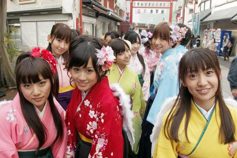 "AKB48大島が前田が篠田が……本邦初公開""素顔""写真を独占入手"