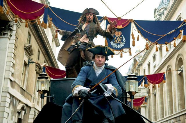 ジャック・スパロウが馬車でロンドンを疾走!「パイレーツ4」新ビジュアル公開
