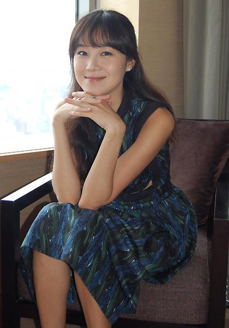 """コン・ヒョジン、主演ドラマ「パスタ」の衣装で参考にしたのは日本の""""重ね着"""""""