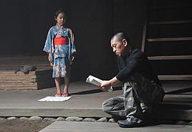 子役の熊田聖亜に演出する松本監督「さや侍」