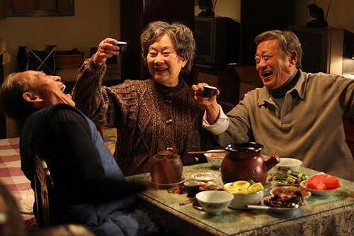 ベルリン銀熊賞「再会の食卓」 まさかのNGシーンも公開