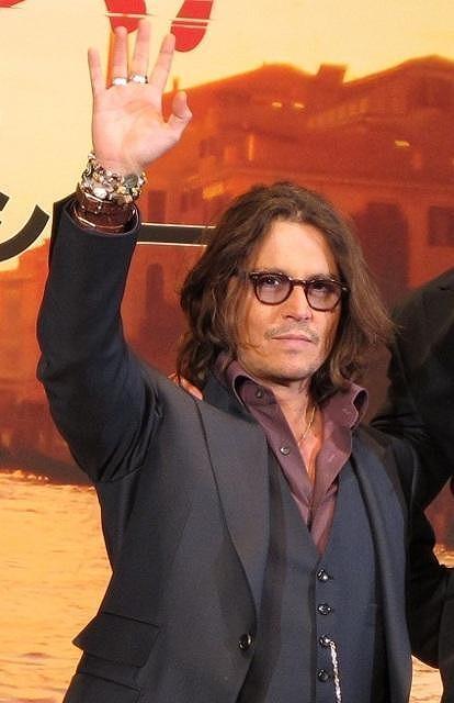 ジョニー・デップ、毒舌ジャーベイスの新シットコムに出演