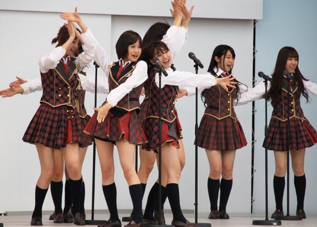 「AKB48」沖縄チャリティライブに1万人以上が結集