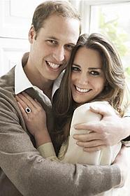 婚約写真はマリオ・テスティーノが撮影「シャーロック・ホームズ」