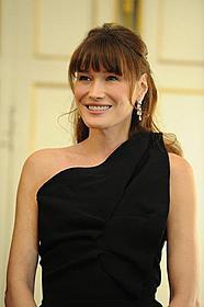 カーラ夫人、サルコジ大統領の子どもを妊娠?「ミッドナイト・イン・パリ」