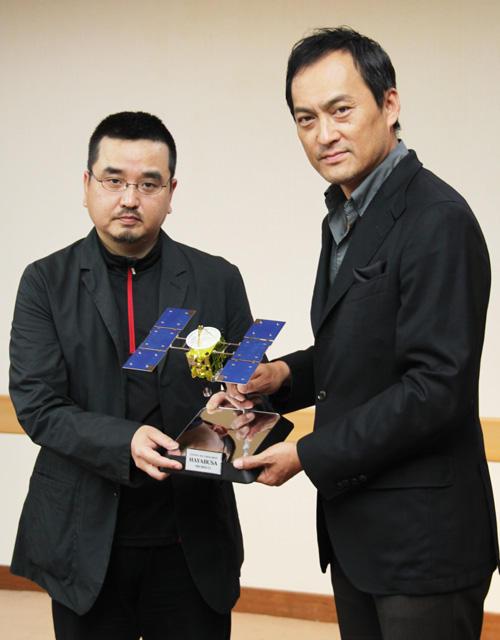 渡辺謙、東映版「はやぶさ」主演で日本人魂を届ける