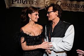 世界最速公開に出席したジョニー・デップとペネロペ「パイレーツ・オブ・カリビアン 生命(いのち)の泉」