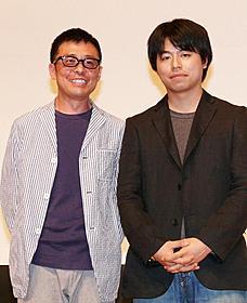 光石研(左)と石井裕也監督「あぜ道のダンディ」