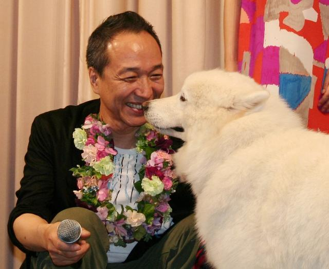 小日向文世「犬飼さんちの犬」撮影中は「浮気しまくり」と暴露
