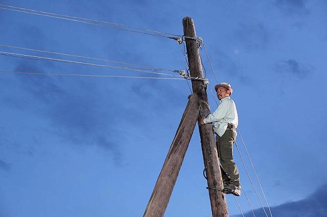 主人公の夢は村の風車発電 待望のキルギス映画予告編公開