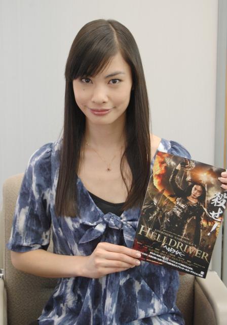 原裕美子、ゾンビと死闘「ヘルドライバー」は「気合いの一発」