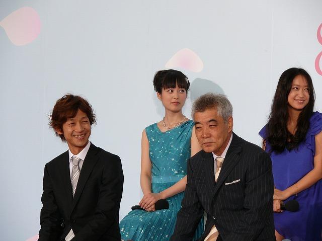 櫻井翔、リムジンに舞い上がる「神様のカルテ」完成披露 - 画像12