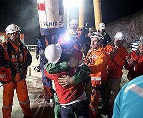 チリ鉱山事故の映画企画、ようやく始動