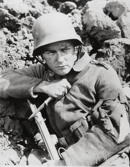 戦争映画の傑作「西部戦線異状なし」がリメイク