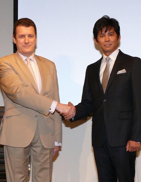 織田裕二、スペイン大使館を表敬訪問「ぜひ本国でも公開を」とPR