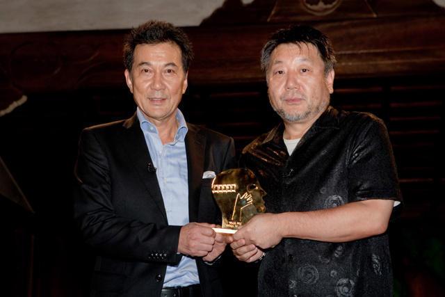 「わが母の記」モントリオール受賞 原田監督&役所広司が歓喜の会見