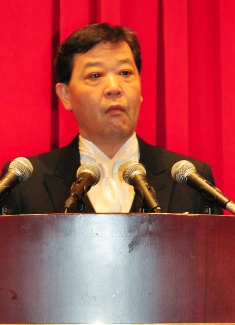 野田首相そっくり? 上島竜兵、モーニング姿で首相演説