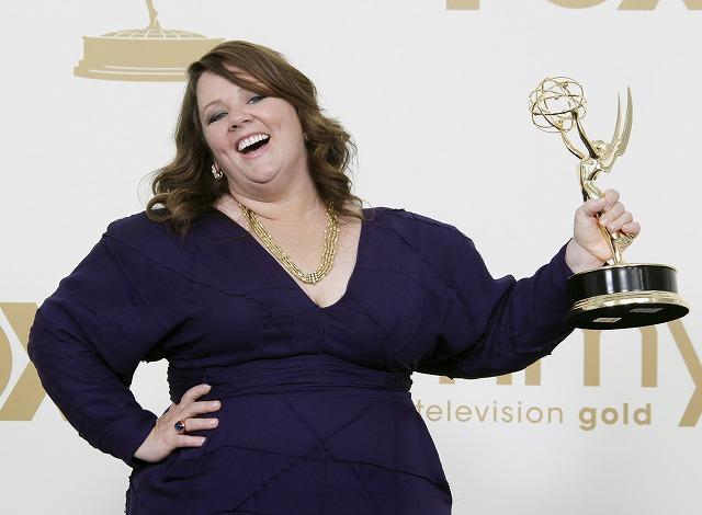 注目のコメディエンヌ、メリッサ・マッカーシーが初のエミー賞受賞