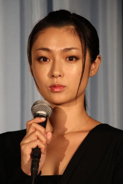 深田恭子、不倫体験告白に「一生の秘密にして」と忠告 - 画像1