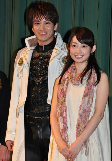 小西遼生、鋼牙の衣装でファンに「ただいま」