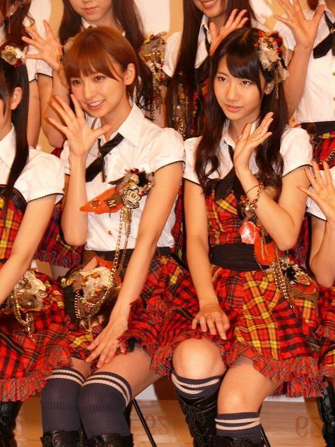 AKB48「元気と笑顔を届けたい」紅白応援隊に就任