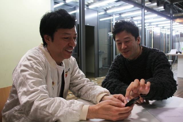 板尾創路がTwitter開始 監督作出演の浅野忠信が指南