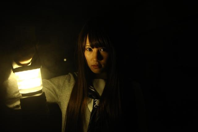 "「AKB48」鈴木まりや、映画初主演作で""こっくりさん""の呪いに挑む"