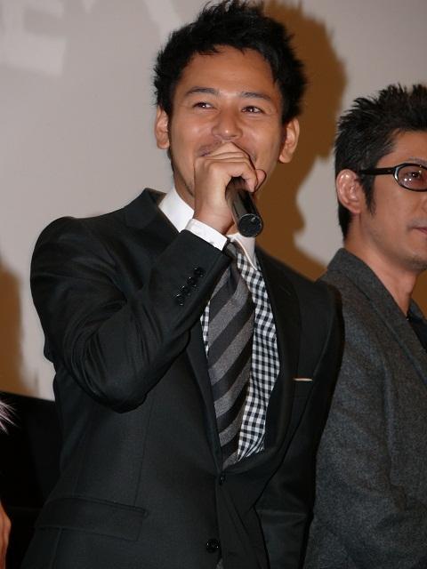 妻夫木聡、三谷幸喜新作「ステキな金縛り」にライバル心