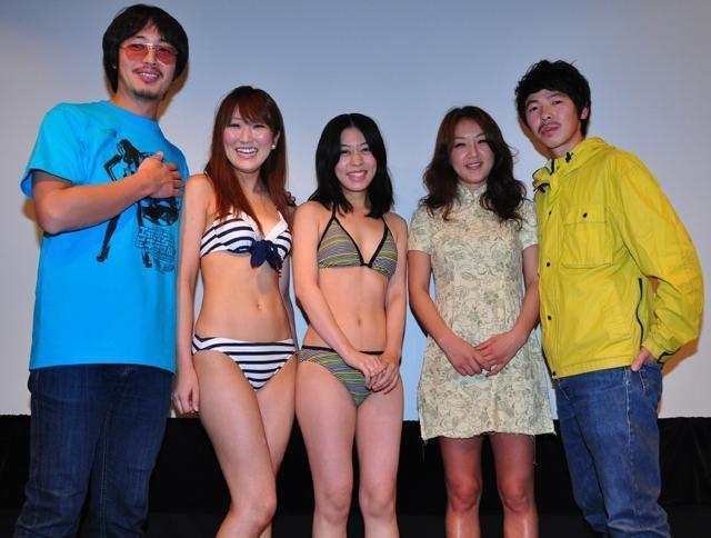 ビキニ姿の観客に韓国から来日の監督「日本に来てよかった!」