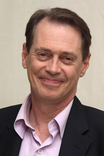 ウィリアム・S・バロウズ「おかま」を映画化 スティーブ・ブシェミが監督
