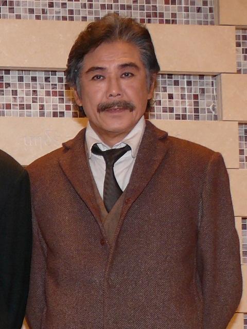 カミーユ・クローデルの父を演じる西岡徳馬