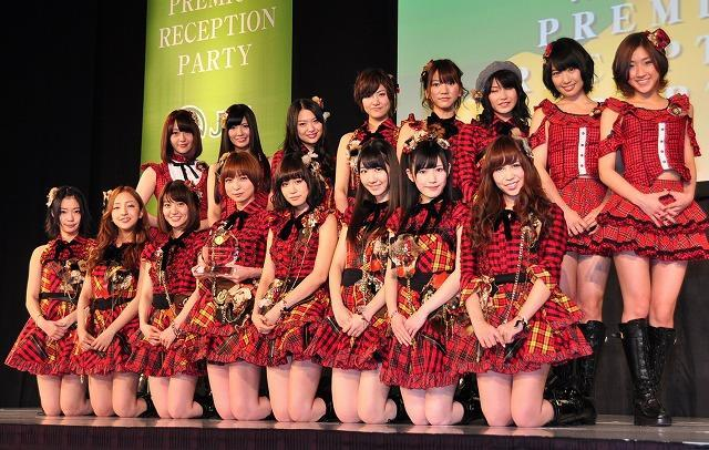 AKB篠田麻里子、あっちゃんは「一番人気のブエナビスタ」