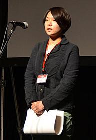 第15回シナリオ大賞授賞式でスピーチする山崎佐保子「おじいちゃん、死んじゃったって。」