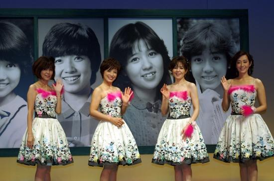 郁恵、優、伊代、真子がAKB48に白黒プロマイド作成のススメ