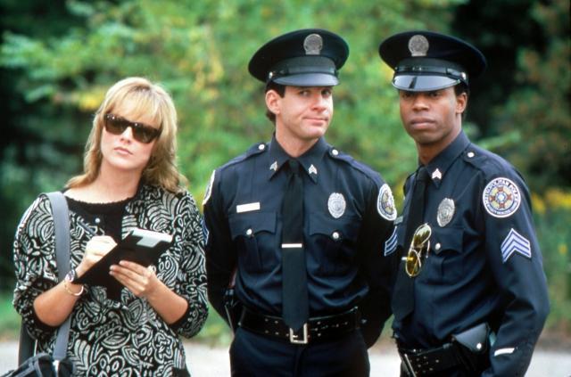 リメイク版「ポリスアカデミー」に警察学校出身の新人監督が抜てき