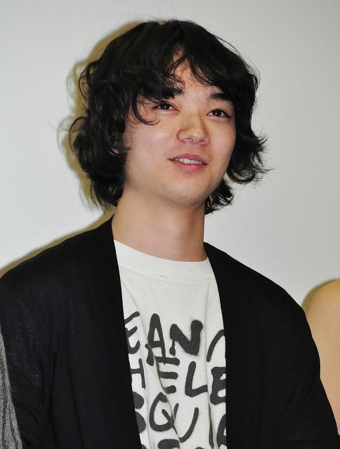 染谷将太、石井岳龍監督の独特の演出に驚がく