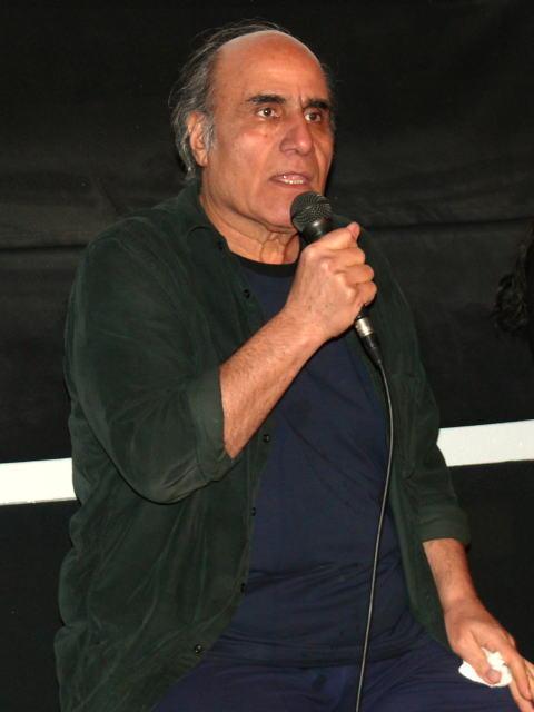 約90分間のトークショーを行ったアミール・ナデリ監督