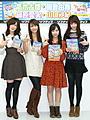 """ミスマガ朝倉&篠原「超セクシー」""""先輩""""に熱視線"""