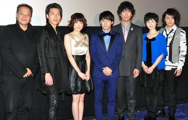 33歳で高校生を演じた綾部、笑顔のシワが多すぎてNG!