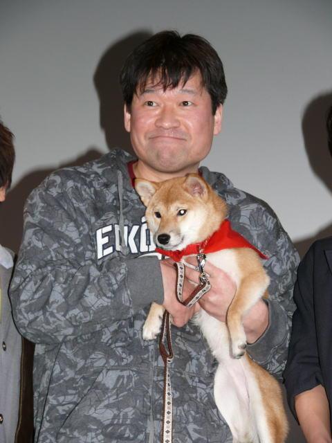 """佐藤二朗、""""マメシバ一郎""""と再会 犬の成長の早さに驚き - 画像3"""