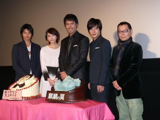 阿部寛、向井理の人気「予感した」 主演作「麒麟の翼」早くも10億突破