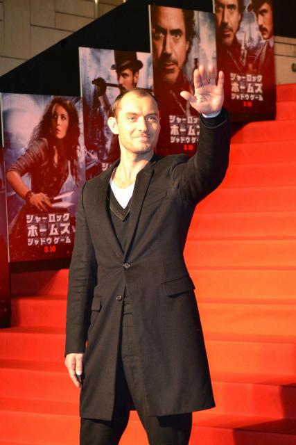 親日家ジュード・ロウ、ファン150人に囲まれ「日本大好き!」