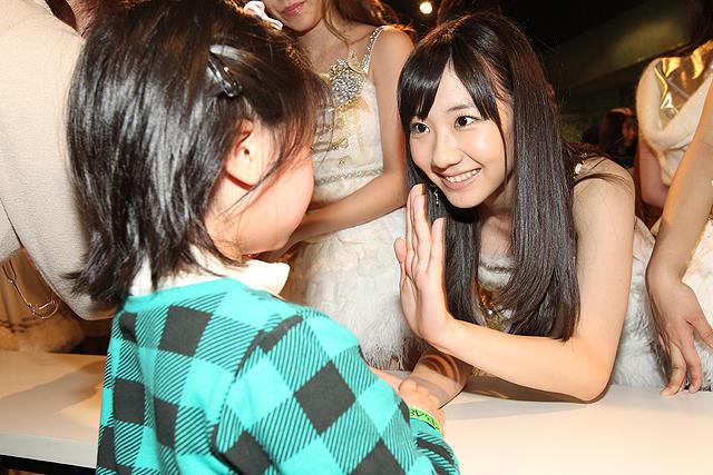AKB48、282人で復興支援ソング熱唱「これからも支援活動を」