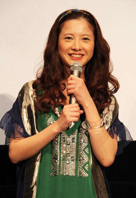 生田斗真&吉高由里子、マスコミも観客も「好きだバカ~!」