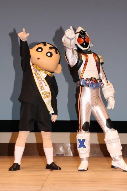 しんちゃん×仮面ライダーが夢コラボ 東宝&東映が異例の宣伝タッグ