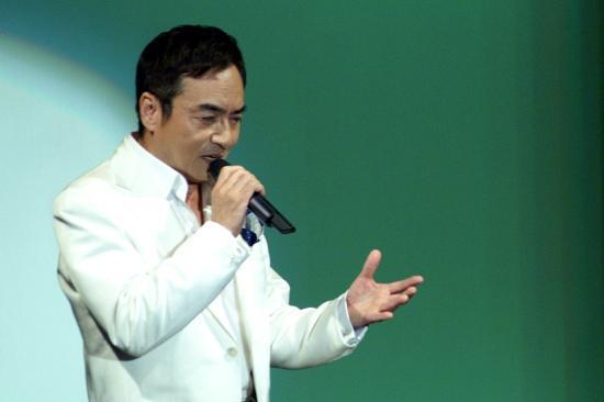 西郷輝彦が緊張… 42年ぶり新曲発売キャンペーン