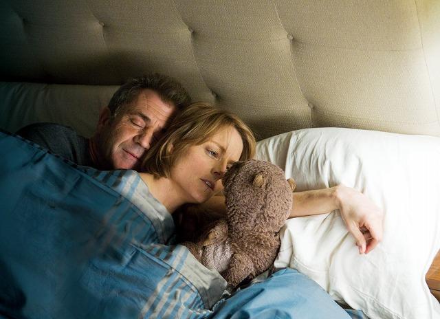 J・フォスター16年ぶりの監督作「それでも、愛してる」予告編が公開